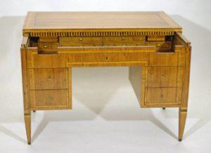 Schreibtisch um 1810 Möbel Restaurator Bremen